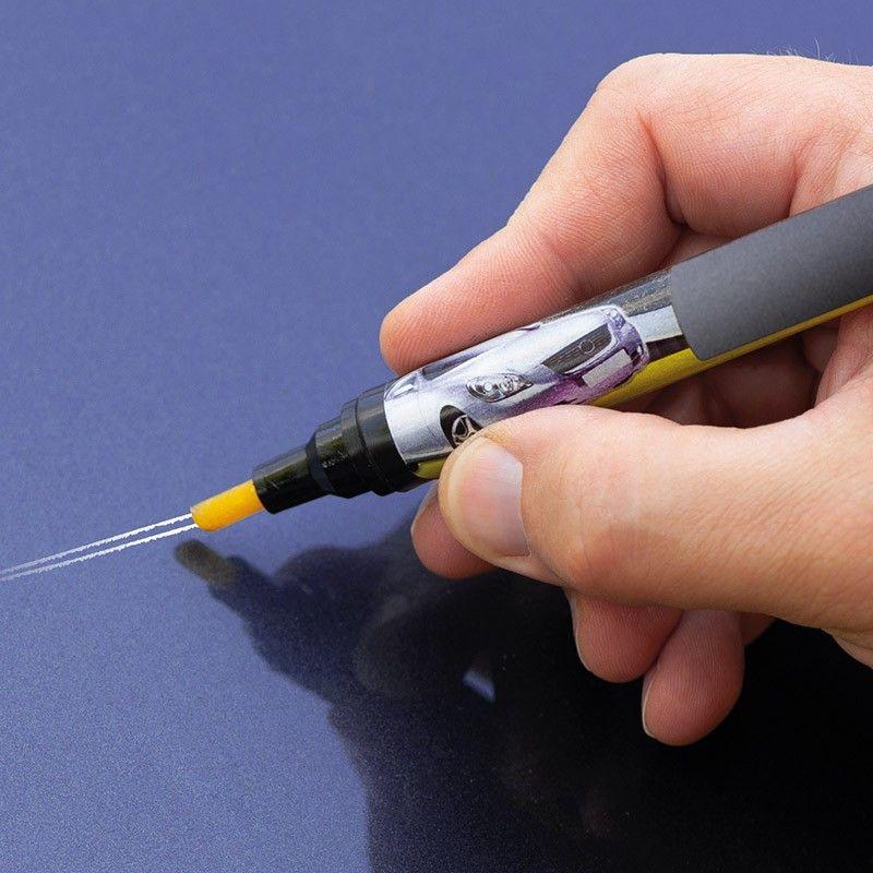 Pero pro odstraňování škrábanců na automobilovém laku